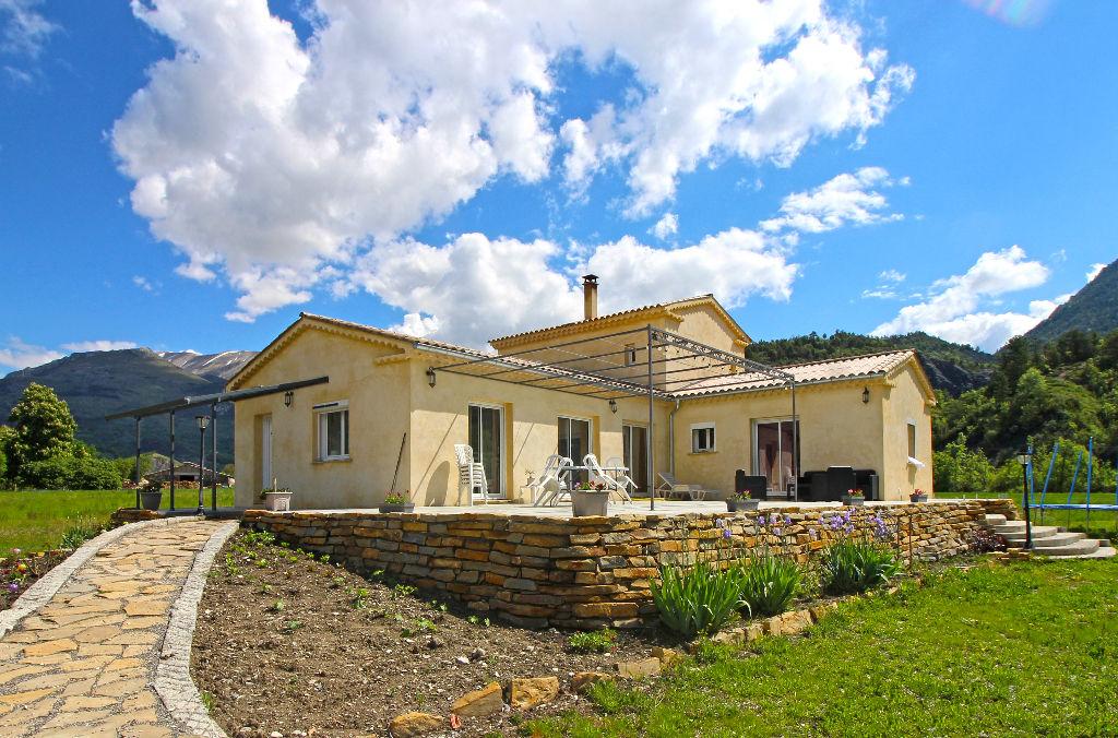Villa 7 pièces 4 chambres 170m2 Tartonne (04330)
