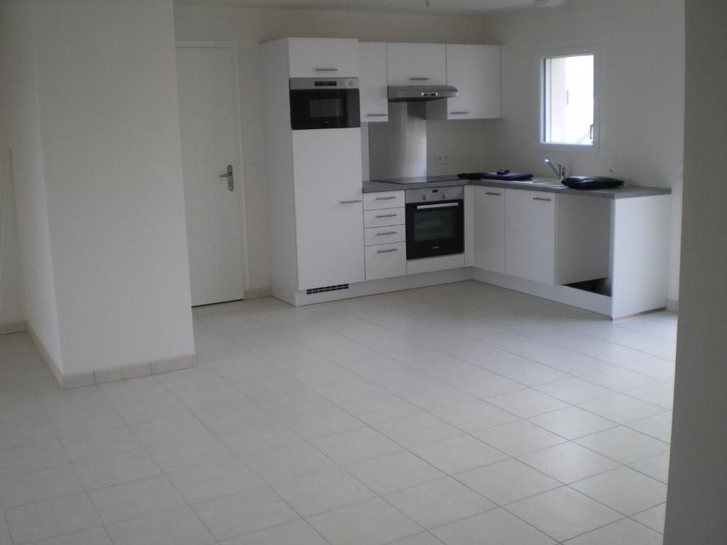 85300 CHALLANS - Maison neuve de plain-pied 6 pièces 98 m2