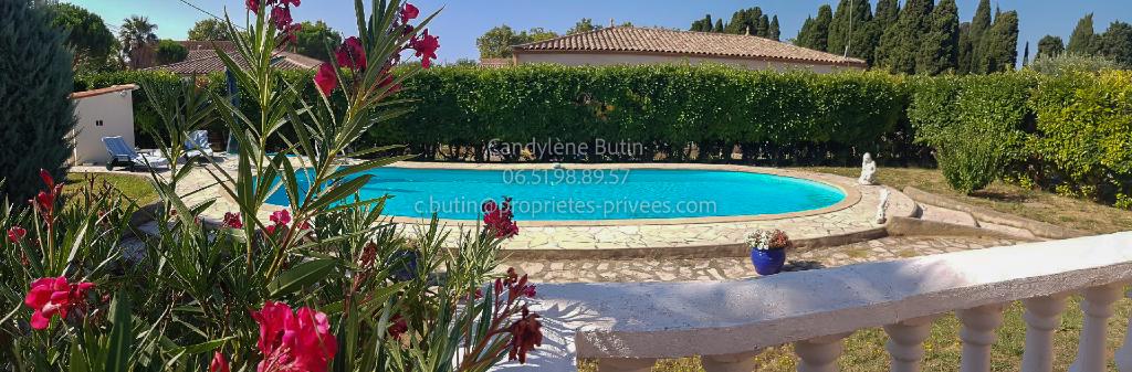belle villa de 95m² avec grand garage+18m² de studio et belle piscine