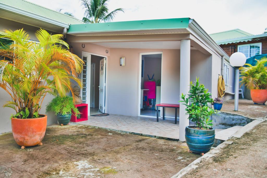 Villa de 93 m² avec 2 chambres à Sainte Marie