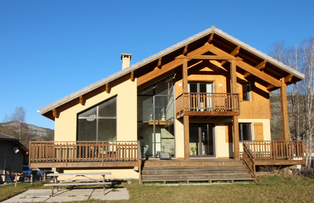 Selonnet (04140) Maison  7 pièces  4 chambres 250 m2