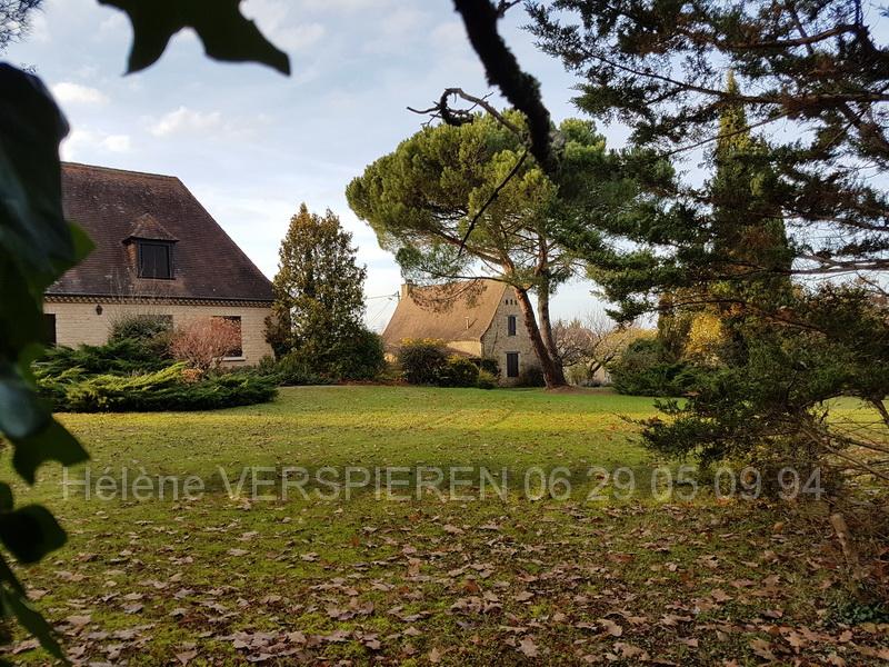 Maisons de village Le Buisson De Cadouin 10 pièce(s) 215 m2