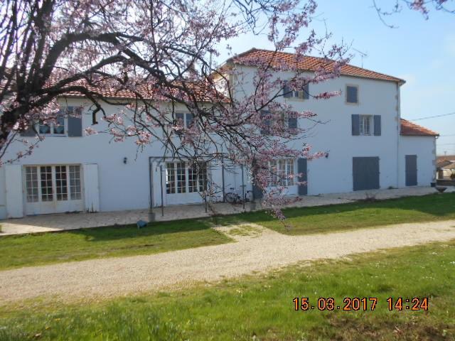 Maison - 9 piece(s) - 242 m2