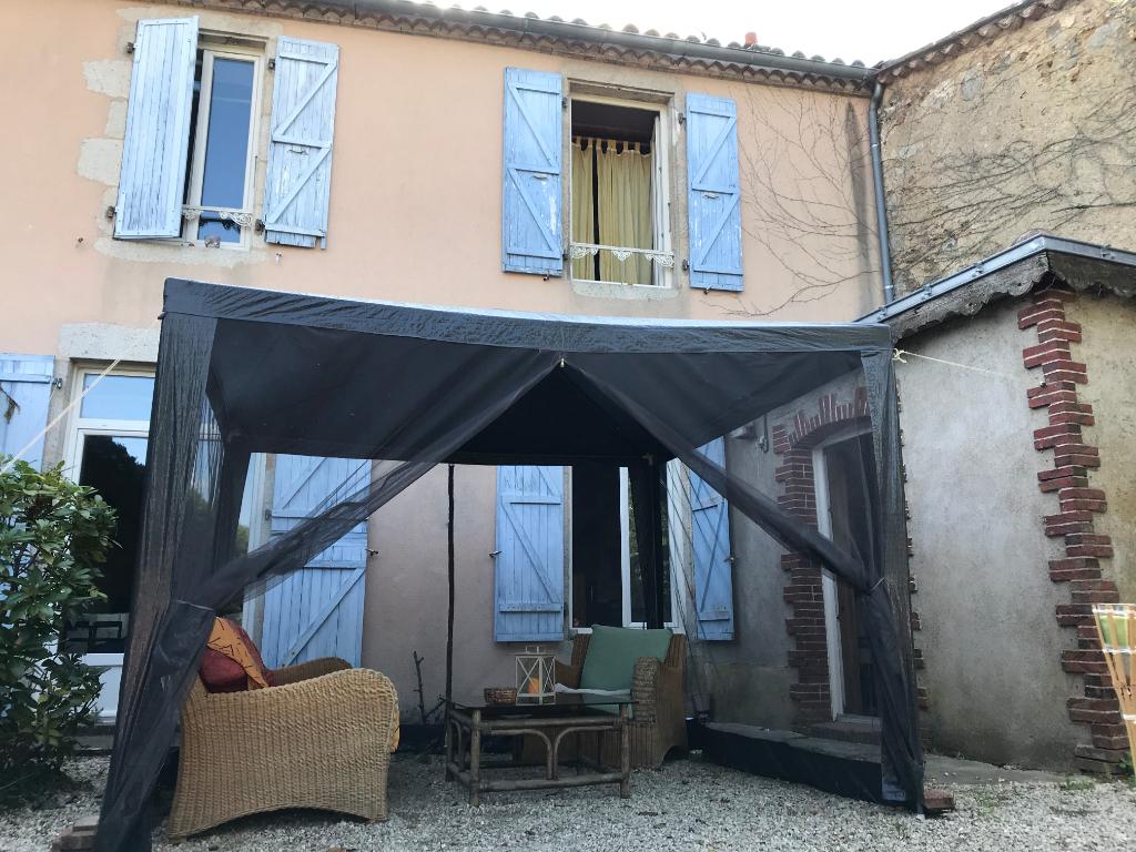 Maison Pouzauges 6 pièce(s) 100 m2