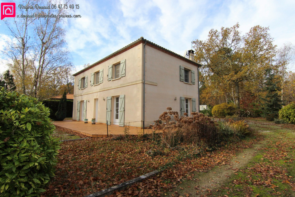 33210 COIMERES - Belle maison traditionnelle 7 pièces 160 m2