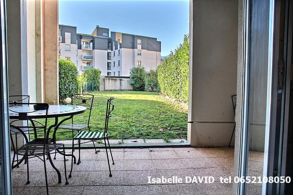 AIX LES BAINS ,73100, T3, récent  2 chambres , rez de jardin