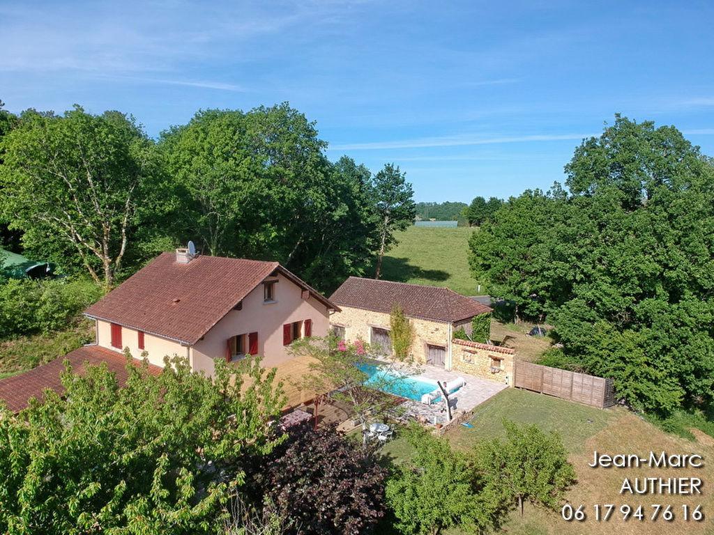 Belle rénovation, vue dégagée, piscine, 5 chambres, grange, garage