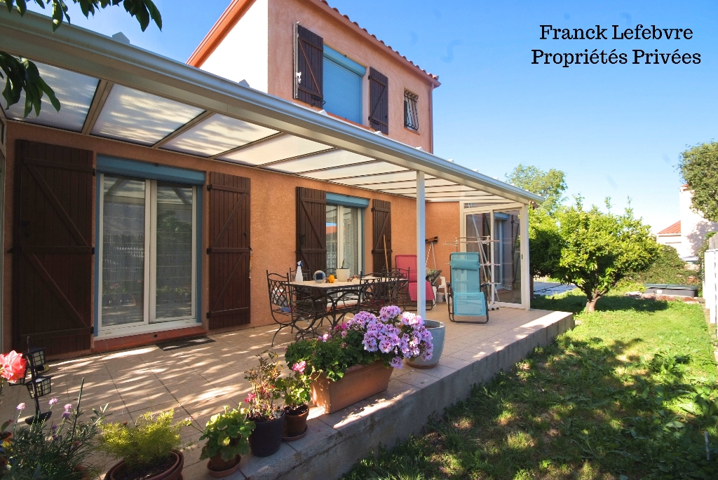 Elne, villa 4 pièces de 105 m2 dans quartier résidentiel
