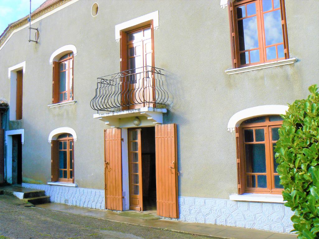 Maison 7 pièces 149 m2 sur terrain de 1850 m²
