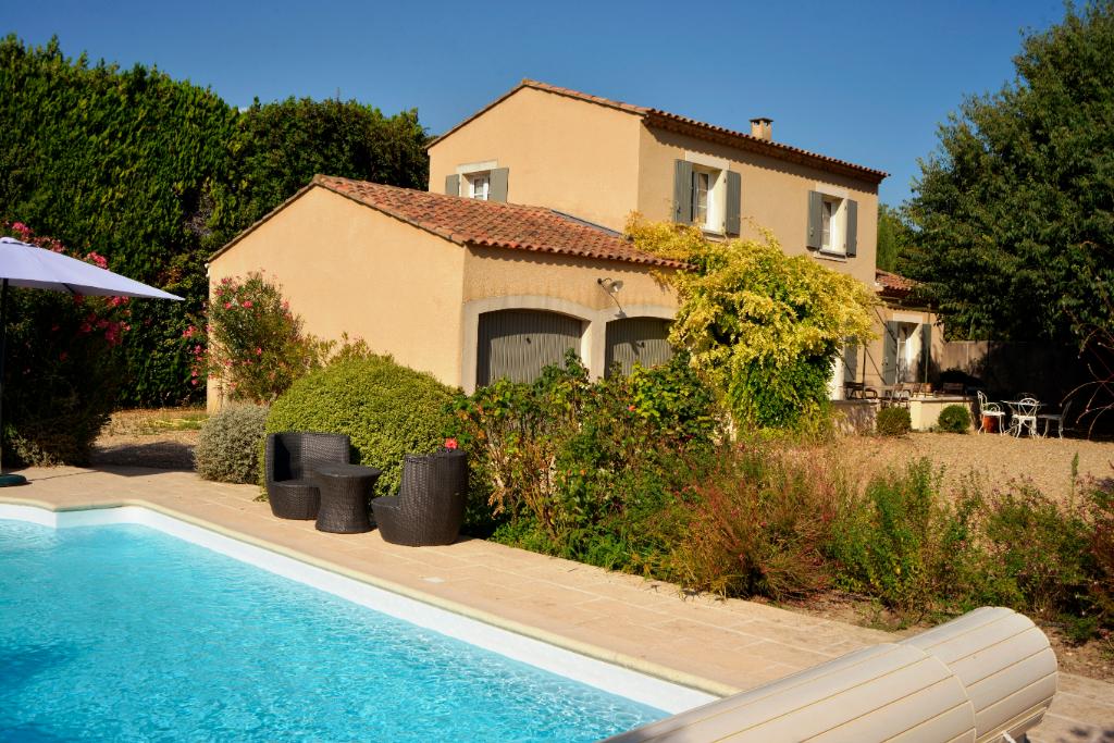 Maison Saint Remy De Provence 130 m2 proche centre ville