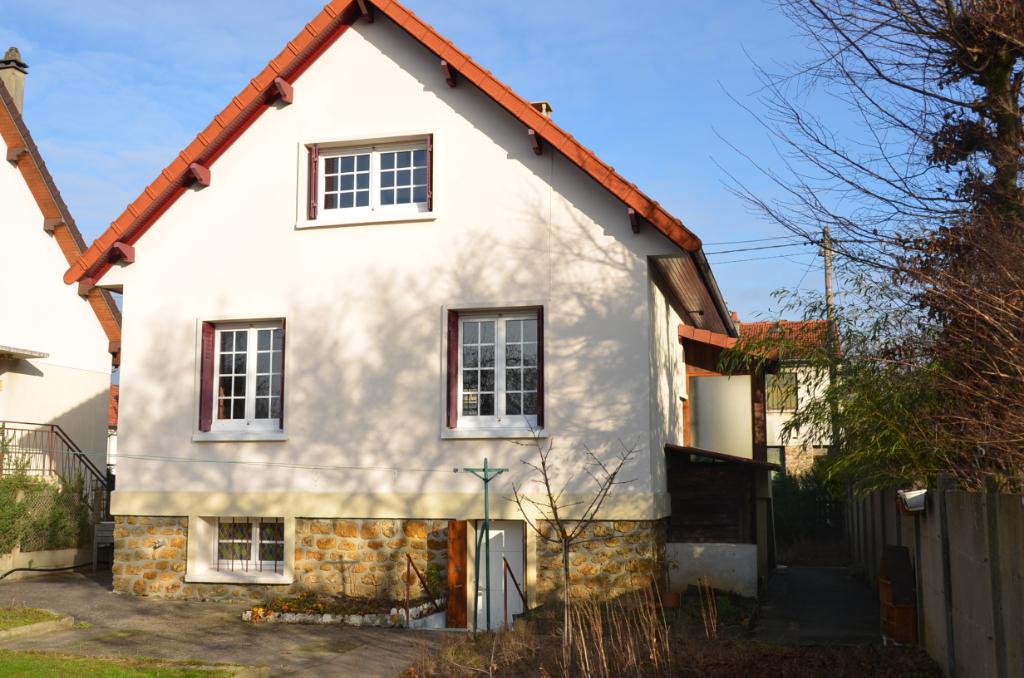 91700 - Maison Sainte Geneviève des Bois 5 pièce(s) 115 m²