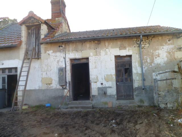 Maison à rénover -JAUNAY MARIGNY