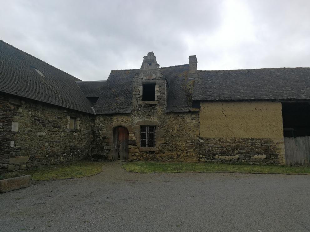 Maison à Rénover 4 pièce(s) 100 m2