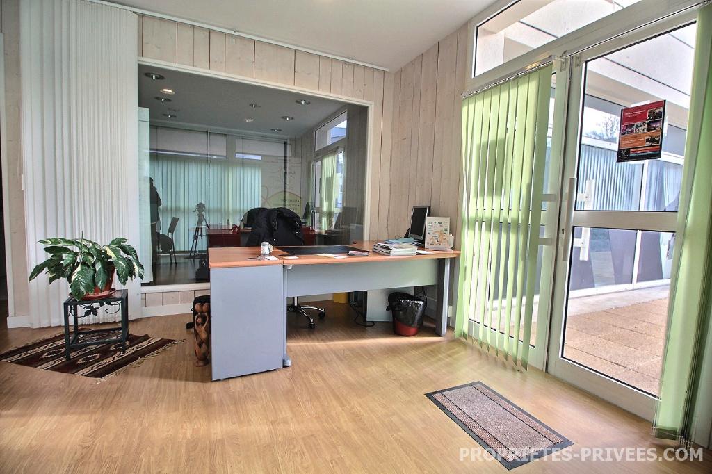 Bureaux  78 m2 235 000 euros HAI