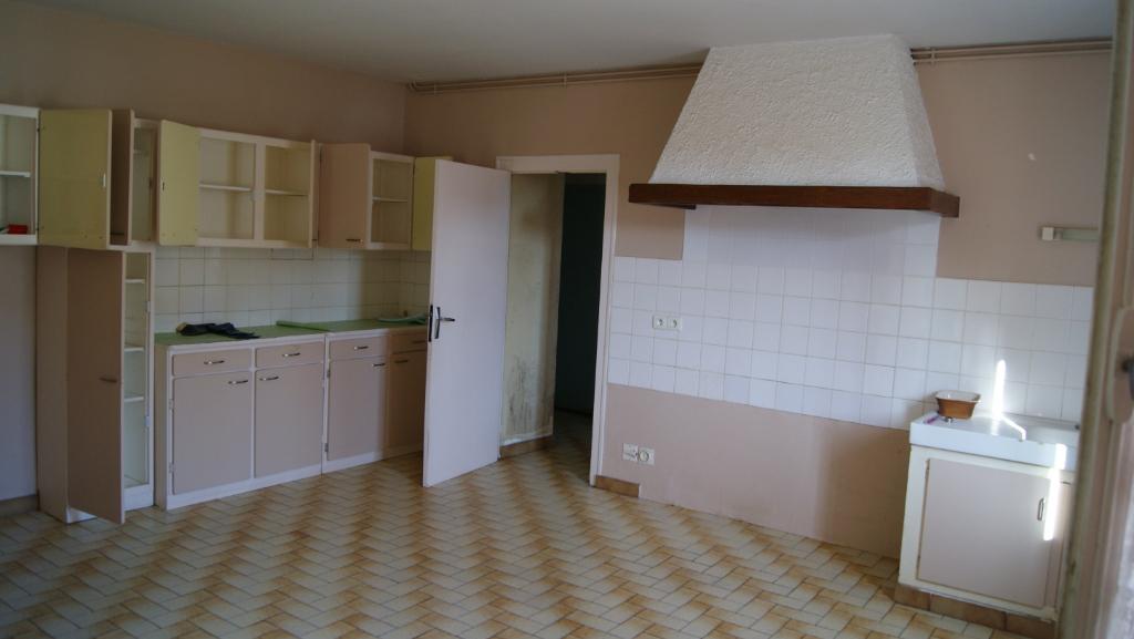 Centre bourg  Prahecq 6 pièce(s) 150 m2