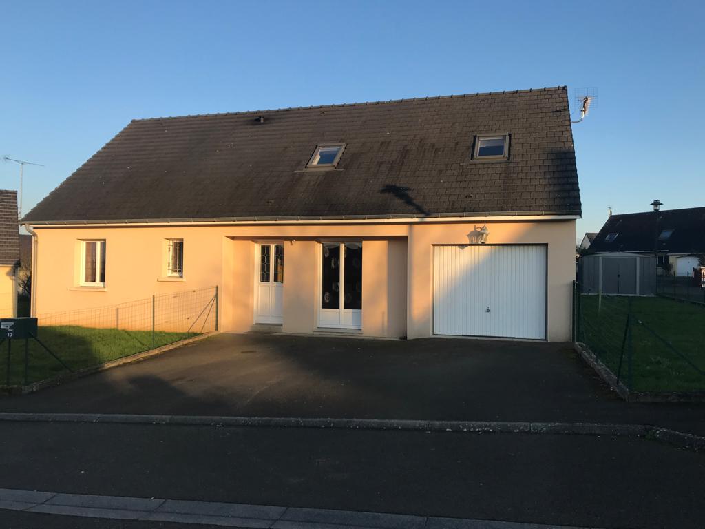 Maison Sablé Sur Sarthe 7 pièce(s) 110 m2