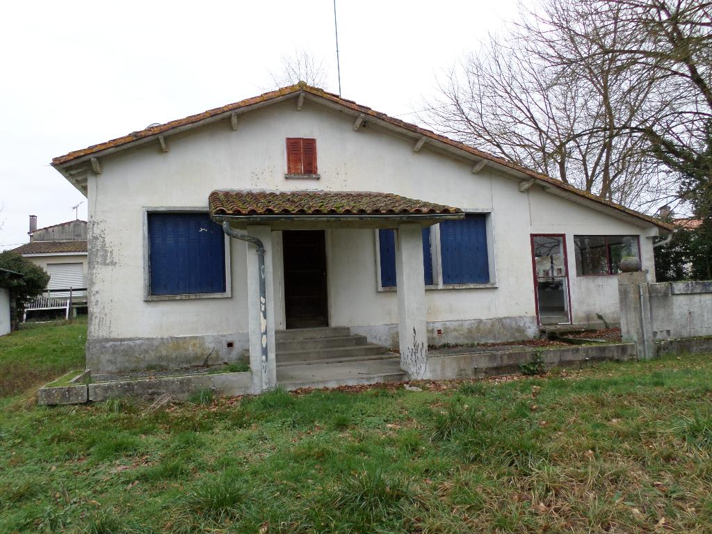 Maison de campagne La Roche Chalais