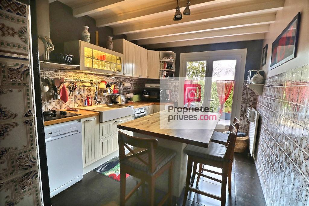 Maison Bassens 6 pièce(s) 129 m2