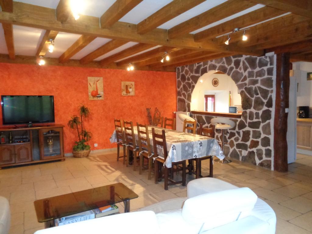 Monistrol D Allier(43), maison de campagne 145 m2 habitables + terrain de 100 m2