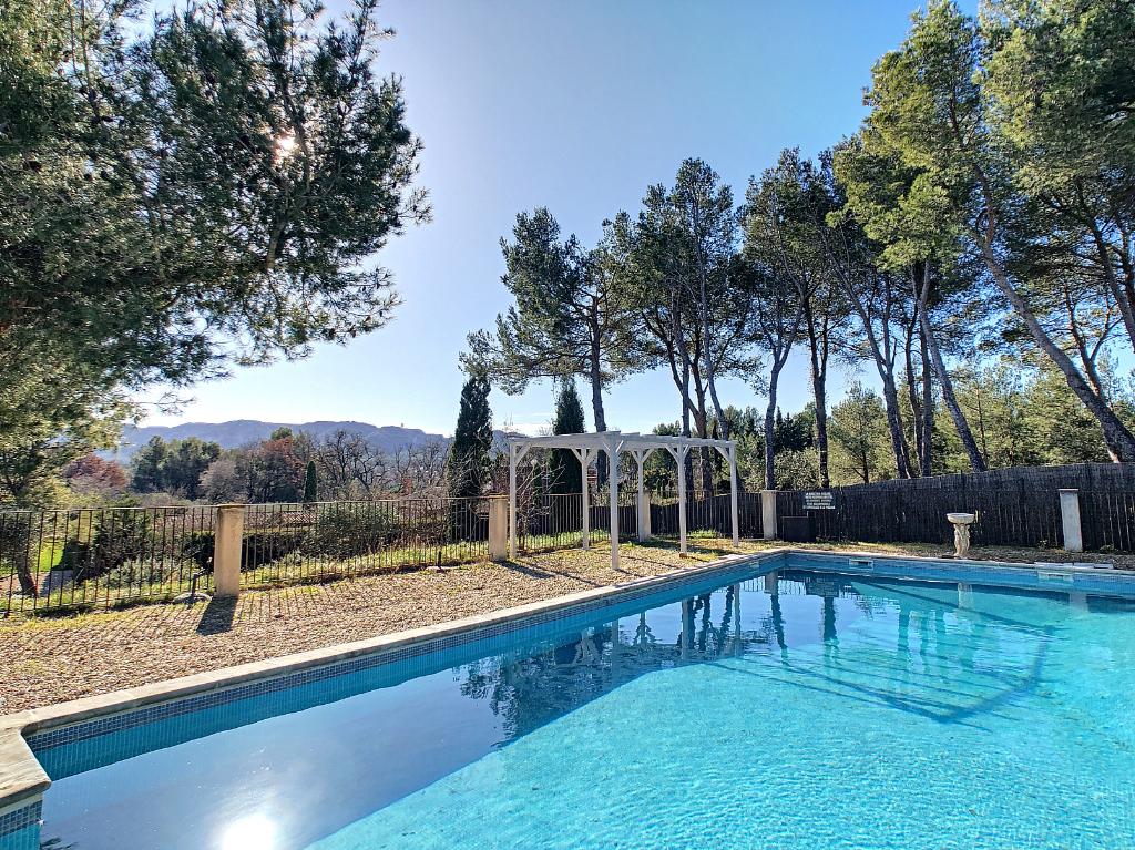 Saint Remy De Provence - Vue Alpilles -  secteur recherché au calme