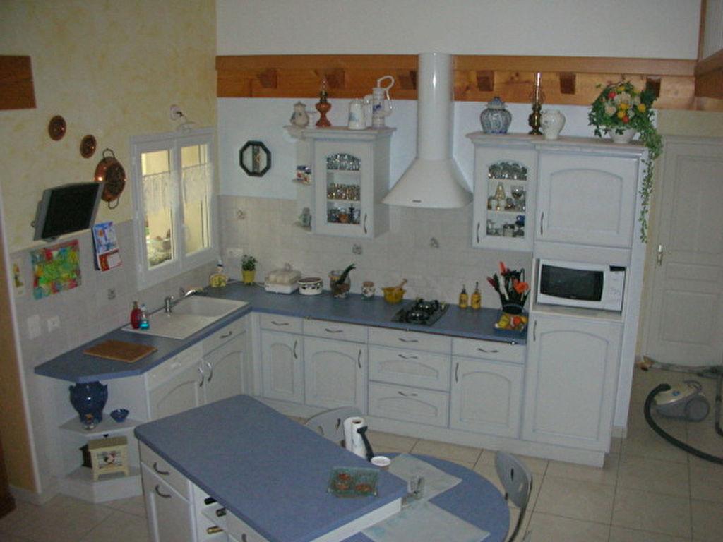 Maison 5 pièces 230 m2 avec dépendance
