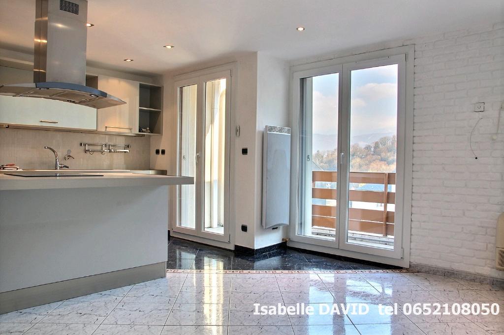 73000, Chambery ,appartement  2 pièce(s) en exclusivité ,52.32 m2, F2