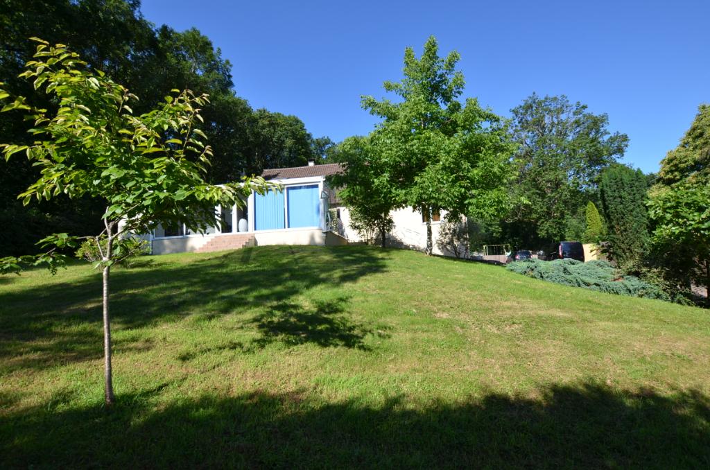 91310 - Maison - Villa - Montlhery 6 pièce(s) 220 m²