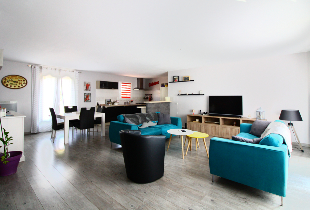 Maison Saint Jean De Liversay 4 pièce(s) 105 m2