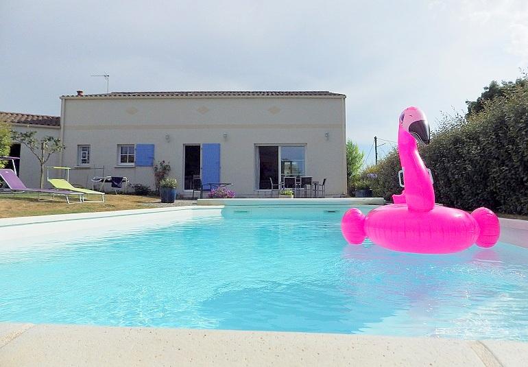 Maison 5 ch, garage, jardin piscine