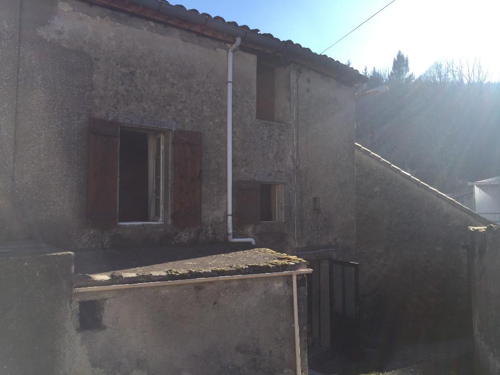 A vendre Maison de village Mazamet 130 m2 avec dépendances et jardin