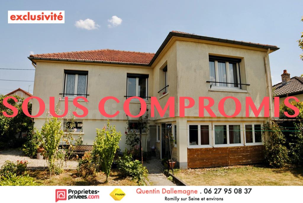 Pavillon 80 m2 + sous sol complet, 4 pièces Romilly sur Seine proche centre