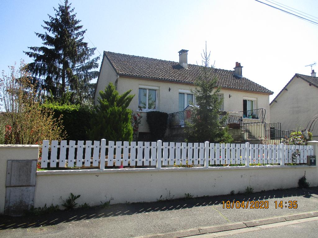 EXCLUSIVITE Maison très propre à Saint Amand Longpré 5 pièce(s) 115 m2