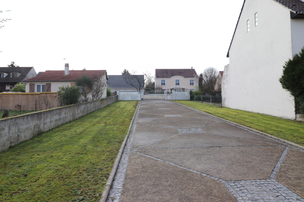 Terrain Saint Thibault Des Vignes 488 m2