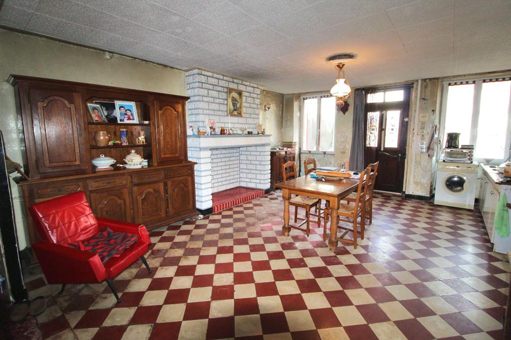 Maison à rénover 115m² - 02220 BRAINE