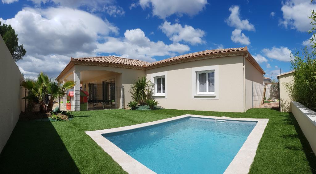 Exceptionnelle villa 135m² , jardin paysagé avec piscine