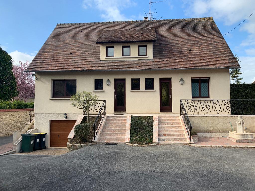 Maison Pacy Sur Eure 27 120, 163 m2, 5 chambres, sous-sol total, 3 garages indépendants, parc au prix de 436 758 HAI