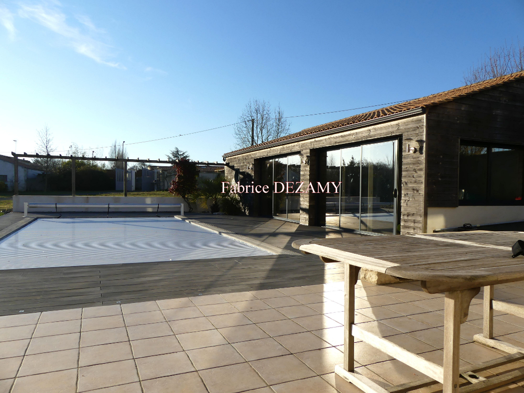Maison Sainte Gemme La Plaine 6 pièce(s) 173 m2