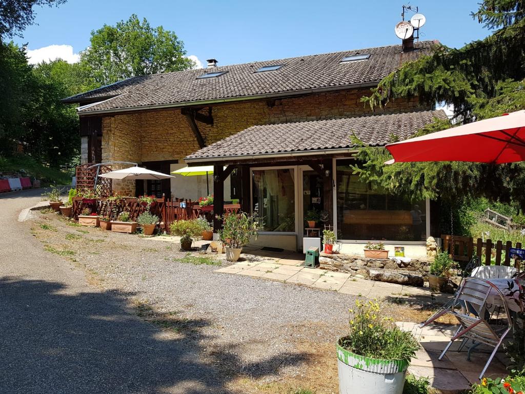 Maison Bellegarde Sur Valserine 7 pièce(s) 300 m2