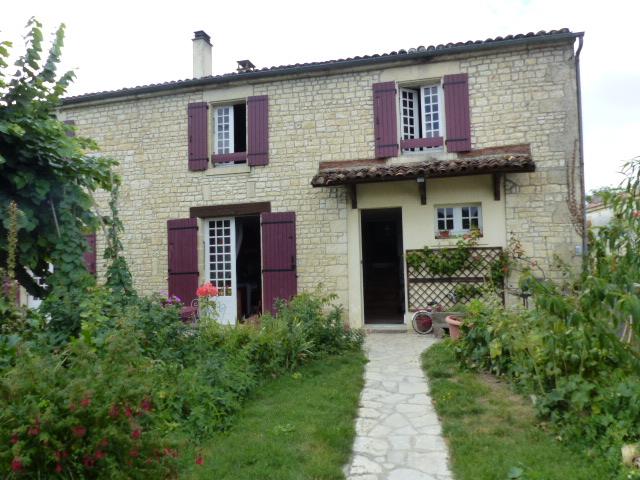 Maison proche DAMPIERRE SUR BOUTONNE- 17 4 pièces 109 m² s/510 m²