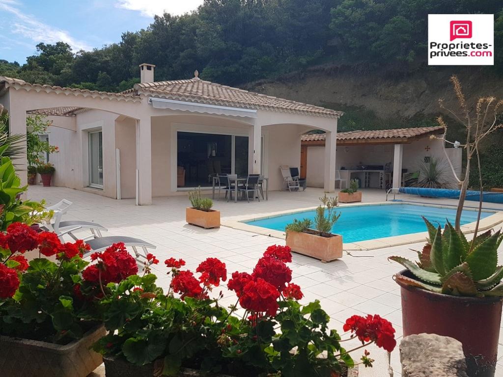Villa plein pied T7  163m² piscine cadre exceptionnel