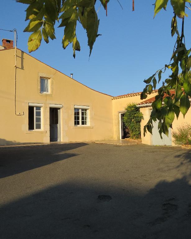 Maison de village La Chataigneraie 7 pièce(s) 140 m2