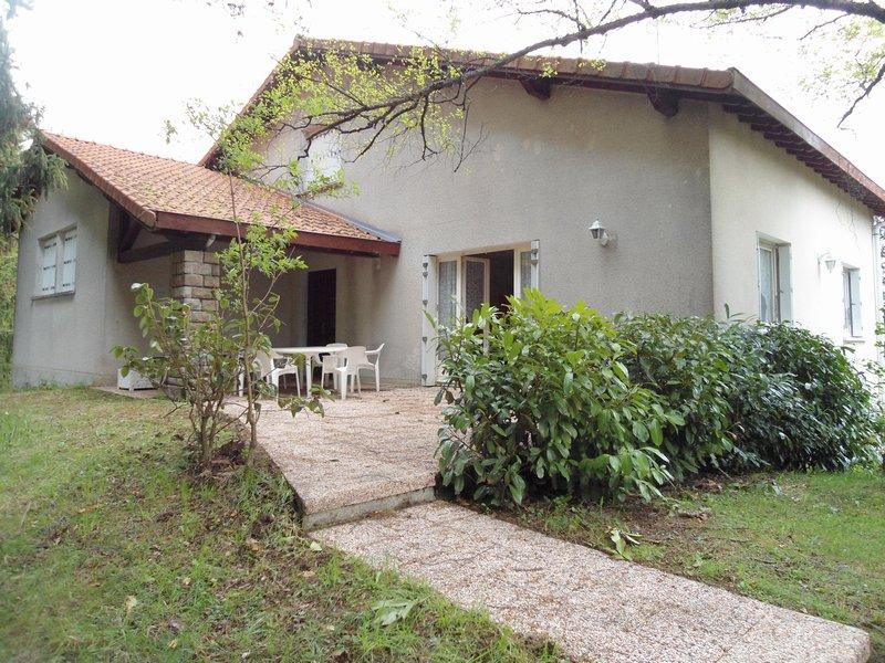 St Pal de Mons 43620 maison T9, 3985m² de terrain