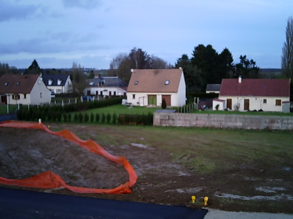 Dans un village Proche Etrépagny Terrain Viabilisé de 1026 m²