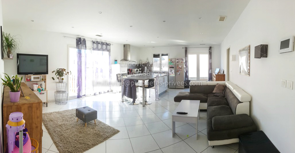Villa T5 104m² avec grand garage et piscine