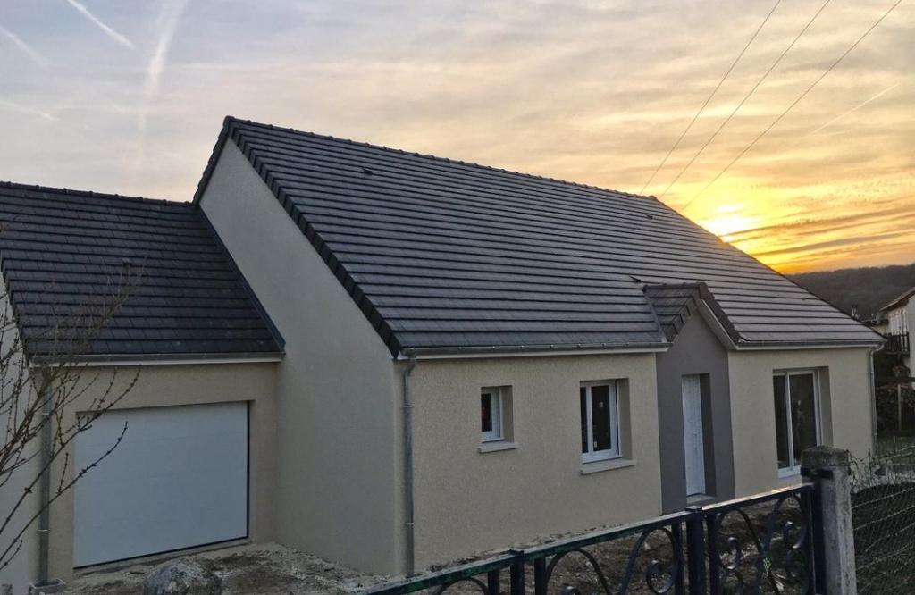 EZY SUR EURE 27530 Maison récente individuelle de plain-pied - 3 chambres - combles aménageables - Garage - Terrain - 239 000
