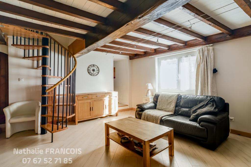 Maison Belleville - 6 pièce(s) -119 m2