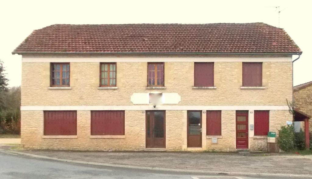 Immeuble de rapport Salignac Eyvignes 9 pièce(s) 191 m2