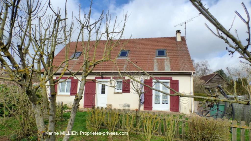 MUZY 27650 Maison individuelle avec véranda - 1 étage - 4 chambres - 1 bureau - Sous sol total - Terrain 182 000  HAI