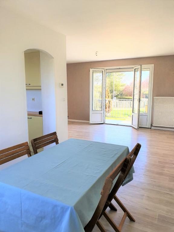 Maison Neuville De Poitou 6 pièce(s) 140 m2