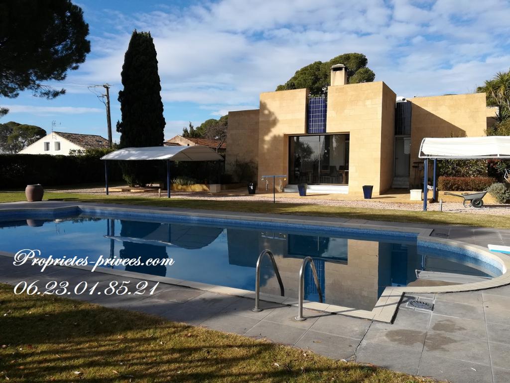 Villa d'architecte 7 pièce(s) 318 m2 avec 6000m² de jardin